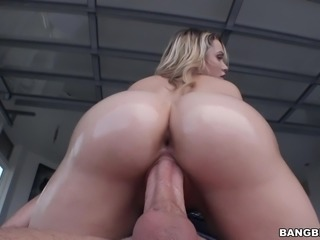 Beautiful huge ass Mia Malkova