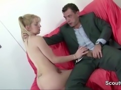 Grandpa Seduce Young Skinny Teen to Fuck and lost Virgin