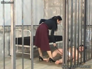 Japanese domina happily hit the slaves in the whip