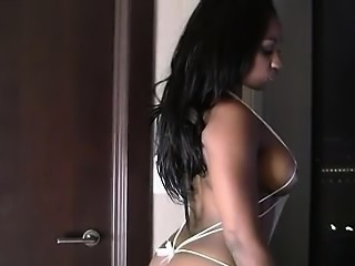 Sexy Ebony Babe Persia Black in Lingerie