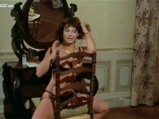 Cult actresses Carmen Russo, Andrea Belfiore and Mariangela Giordano nude scene compilation from Patrick vive ancora