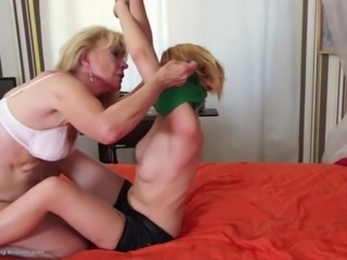 Old granny fucks sweet young girl