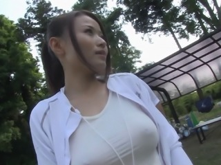 Shiny workout spandex on a Japanese beauty fucking outdoors