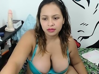 Chunky amateur girl has a sex toy working its magic on her