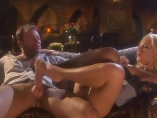 Alexis Malone hot footjob