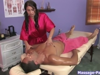 This massage therapist looks a lot more sex when she is naked