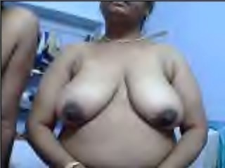 Chubby mature Indian black head flashes her big saggy boobies