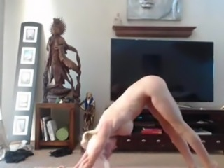 Yoga session with squirting!