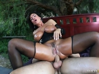 Tanned milf Lisa Ann rides gardener's cock with her stretched anal hole