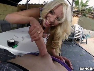 Blondie Fesser gives her big round ass for a hard pounding