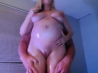 Preggy blonde greasy rub on livecam
