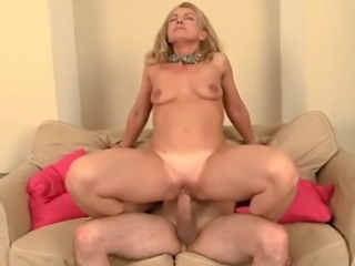 mature with small saggy tits get fucked