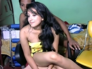 Beautiful Srilankan married girl with her partner on webcam