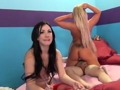 Hot sluts Jennifer White, Heidi Hollywood and Britney Amber gorge on cocks in...