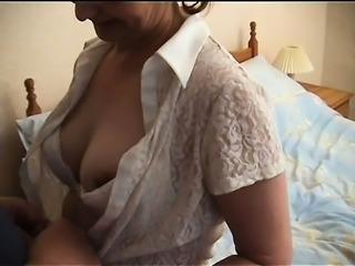 Wife Fucks Two Strangers With No Condom