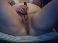 Mature BBW whore with bounded boobs sees the cumming is coming