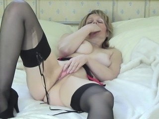 Jane's only desire is to have a bit of fun with her own mature body