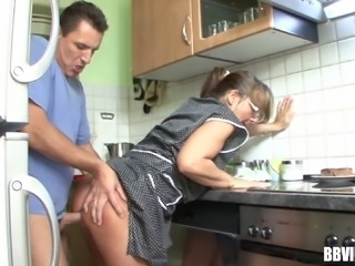 Milf in glasses wants the cock in her itchy cunt right at the kitchen