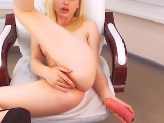 Majestic camgirl webcam babe teases me topless and masturba