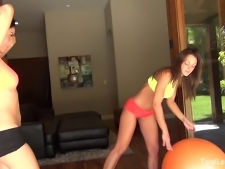 Attractive babes Lilly & Olivia get a sexual workout