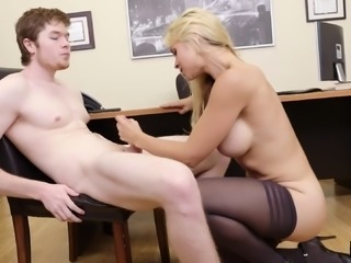 Pale guy with a big dick gives Sarah a drilling in the office