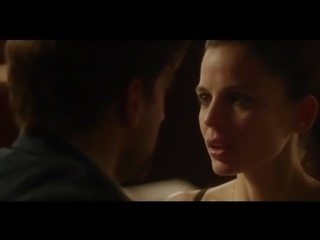 Elena Anaya Allison McKenzie in Swung