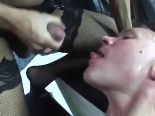 Hung Babe Gets Sucked & Fucks