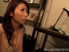 Well-endowed Japanese mom lets a guy to play with her jugs