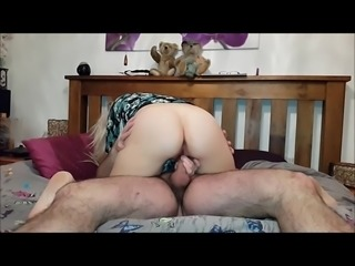 horny uk housewife