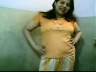 Indian amateur BBW lady in the bathroom stripping on cam