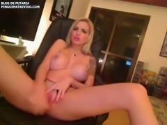 Clara Aquilar se masturbando na webcam 2