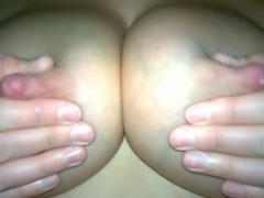 Milchtitten slowmotion lactating tits