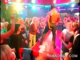 Afro muscled strippers dancing at CFNM sex party