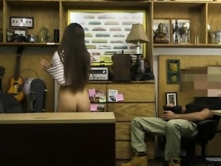 Cute babe drilled by pervert pawn dude at the pawnshop