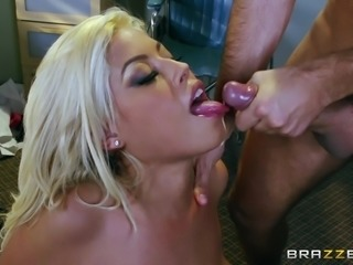 Chubby Blonde Nurse Enjoying A Hardcore Missionary Style Fuck In A Hospital Room
