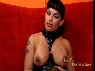 Naughty domina Foxxy receives a handjob from her sexy girlfr