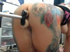 Booty girl & double dildo fucking machine sexowebcam.online