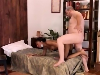 African babe fucking big white dick hotel room