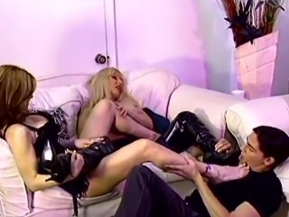 Foot fetish cougar in high heels licking her babe toes in ffm sex