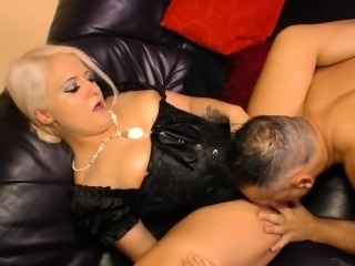 Sextape Germany - German amateur blondie enjoys hot POV fuck