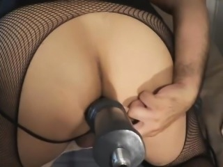 Big Ass Tranny Uses Fake Hand and Fuck Machine to Drill Her