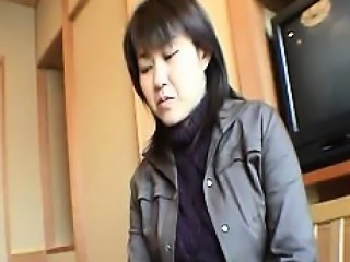 Asian chick decides she wants to bathe and gets in the bath