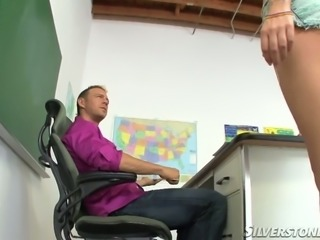 Silly blonde chick with sexy body gets seduced by her teacher