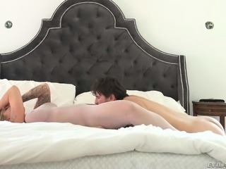 Massive titted blonde MILF Ryan Conner in white pantyhose is horny as hell and spreads her legs in front of Manuel Ferrara. He grabs her big round buttocks and licks her twat. But she cant wait to get rammed