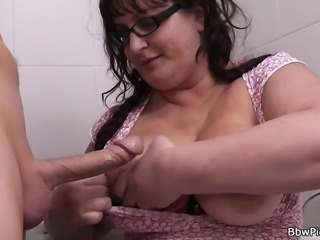 Hot fatty picked up and fucked in the restroom