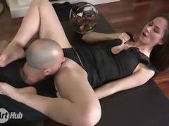 Seductive brunette bitch Aruna orgasms during cunnilingus