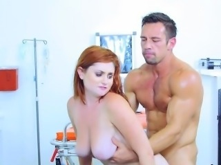 Sexy Patient Lennox Luxe Loves Doctors Schlong