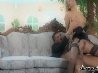 Blonde babe Rachel Evans lets Kamil Klein lick and pound her snatch