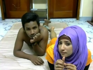 Young Srilankan married couple is kinky for sex on webcam