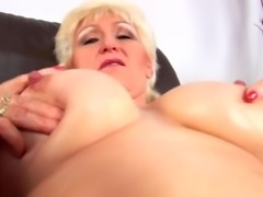 Another Big Titts Granny R20